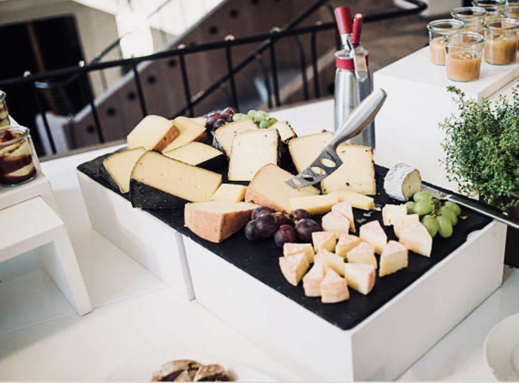 cocktail dînatoire planche fromagère
